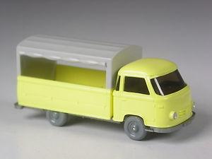 【送料無料】模型車 モデルカー スポーツカー トップモデルプラットフォームトラックtop wiking sondermodell borgward pritschenwagen mit plane gelb