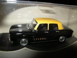 【送料無料】模型車 モデルカー スポーツカー ネットワークルノーチリサンティアゴ143 ixo renault 8 santiago de chile 1965 ovp