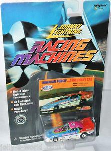 【送料無料】模型車 モデルカー スポーツカー カーレーシングマシンハワイアンパンチジョニーracing machines 1992 funny car * hawaiian punch * 164 johnny lightning