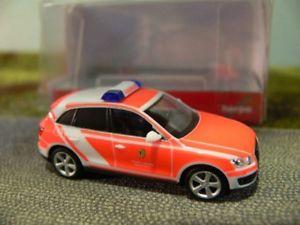 【送料無料】模型車 モデルカー スポーツカー アウディライプツィヒミッション187 herpa audi q5 feuerwehr leipzig einsatzleitwagen 092371