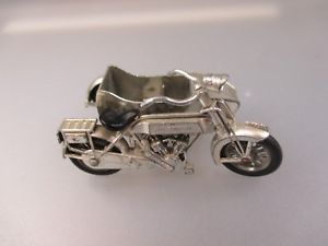【送料無料】模型車 モデルカー スポーツカー モデルサンビームモーターバイクmodells of yesteryear by lesney 1914 sunbeam motorbike schub29