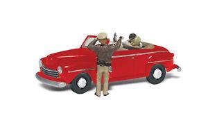 【送料無料】模型車 モデルカー スポーツカー ウッドランドwoodland scenics was5537 h0 pkw szene berraschtes prchen im auto
