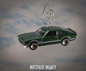 【送料無料】模型車 モデルカー スポーツカー カスタムフォードグラバークリスマスオーナメントアドルノクラシック