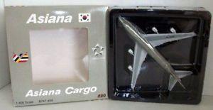【送料無料】模型車 モデルカー スポーツカー アシアナボーイングaviation 400 1400 2005012 boeing 747400 asiana cargo