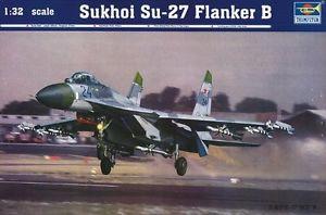 【送料無料】模型車 モデルカー スポーツカー ファイタープラスチックモデルキットタミヤsukhoi su27 flanker b fighter 132 plastic model kit trumpeter