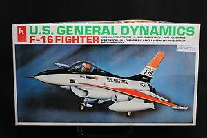 【送料無料】模型車 モデルカー スポーツカー ホビークラフトダイナミクスxf075 hobby craft148 maquette avion hc1510 usaf f16 fighter general dynamics