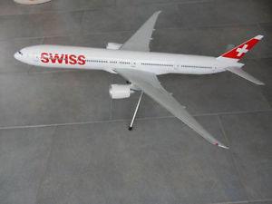 【送料無料】模型車 モデルカー スポーツカー スイスモデルswiss international b777300er corp modell, 1100 neu