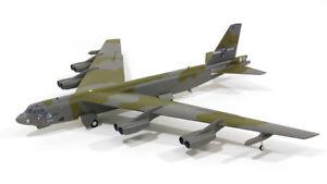 【送料無料】模型車 モデルカー スポーツカー ボーイングherpa 556972 boeing b52g usaf bombardiere 580164