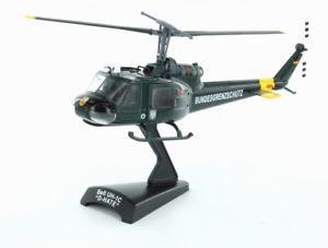 【送料無料】模型車 モデルカー スポーツカー ヘリコプターベルコレクションlemkecollection h0 51102 hubschrauber bell uh1c bundesgrenzschutz 187 bgs