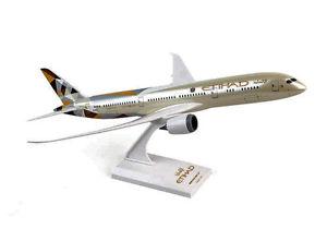 【送料無料】模型車 モデルカー スポーツカー エティハドボーイングetihad boeing 787900 reg a6bla skymarks 1200