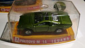 【送料無料】模型車 モデルカー スポーツカー イグアナアルファロメオボックスミントスケールpolitoys m 14 iguana alfa romeo 33 in green 143 scale near mint in box