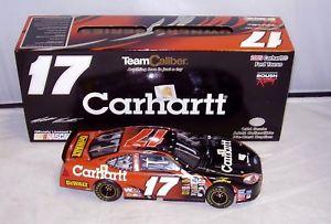 【送料無料】模型車 モデルカー スポーツカー チーム#マット124 team caliber owners 2005 17 carhartt dewalt taurus matt kenseth read ad