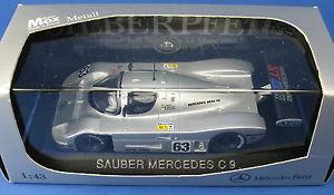 【送料無料】模型車 モデルカー スポーツカー モデルメルセデスシルバーアロールマンクリーンオリジナルボックスmax models sauber mercedes c 9 silberpfeil le mans 1989 neu in ovp 143