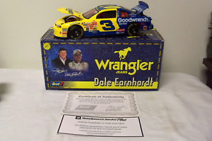 【送料無料】模型車 モデルカー スポーツカー デイルアーンハート#モンテカルロスケールラングラージーンズdale earnhardt revell 1999 3 goodwrench wrangler jeans monte carlo 118 scale
