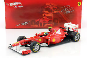【送料無料】模型車 モデルカー スポーツカー マッサフェラーリイタリアf massa ferrari f150 italia formel 1 2011 118 hotwheels