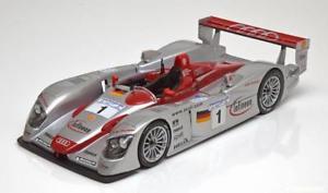 【送料無料】模型車 モデルカー スポーツカー アウディルマン118 maisto audi r8 winner le mans 2002