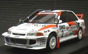 【送料無料】模型車 モデルカー スポーツカー ランサーエボサファリラリーハイエンド