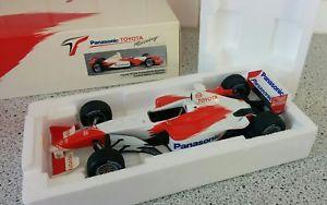 【送料無料】模型車 モデルカー スポーツカー トヨタサロマクニッシュtoyota tf102 salo mcnish showcar 2002 118 rare