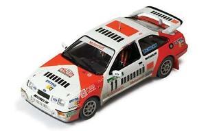 【送料無料】模型車 モデルカー スポーツカー フォードシエラコスワース#モヤポルトガルネットワークford sierra rs cosworth 11 sainzmoya portugal 1987 ixo 143 rac110