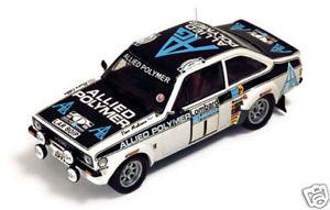 【送料無料】模型車 モデルカー スポーツカー フォード#ラリーエスコートネットワークford escort rs1800 1 makinenliddon rac rally 1975 ixo 143 rac034