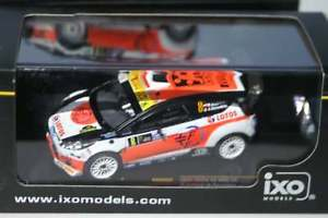 【送料無料】模型車 モデルカー スポーツカー フォードフィエスタモンツァクビサラムneues angebotixo ford fiesta rs wrc winner monza 2014 rkubica 143 ram602
