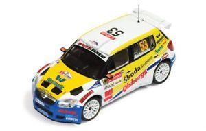【送料無料】模型車 モデルカー スポーツカー シュコダファビアコダスウェーデンラリーポルトガルアンダーソン143 skoda fabia s2000 skoda sweden rally portugal 2010 pgandersson