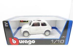 【送料無料】模型車 モデルカー スポーツカー フィアットホワイトスケールburago 11742 fiat 500l 1968 white 12035 1 18 scale boxed