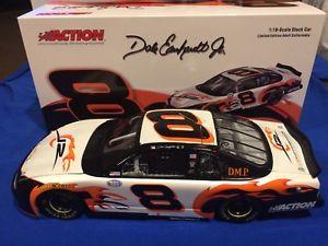 【送料無料】模型車 モデルカー スポーツカー デイルアーンハートジュニアアクション#モンテカルロdale earnhardt jr 2003 action 8 dirty mo posse dmp monte carlo 118 4002