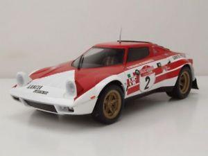 【送料無料】模型車 モデルカー スポーツカー ランチア#ラリーサンレモモデルカートリプルlancia stratos 2 sieger rallye sanremo 1974 modellauto 118 triple9