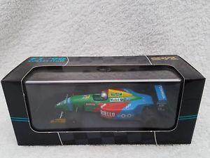 【送料無料】模型車 モデルカー スポーツカー オニキスサンドロナニーニベネトン143 onyx 079 1990 allesandro nannini benetton b190