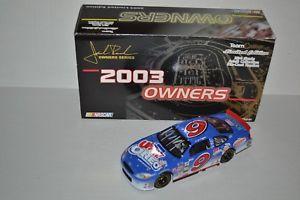 【送料無料】模型車 モデルカー スポーツカー グレッグオオーナーgreg biffle 124 2003 uh oh oreo tc owners cwc