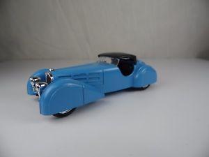 【送料無料】模型車 モデルカー スポーツカー ハムノイズロードスターブガッティイタリアmx320, brumm bugatti t 57 s roadster 1936 143 made in italy
