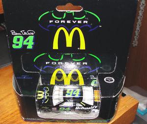 【送料無料】模型車 モデルカー スポーツカー ビルエリオット#マクドナルドアクションミントbill elliott 94 thunderbat forever mcdonalds reeses 164 action mint condition