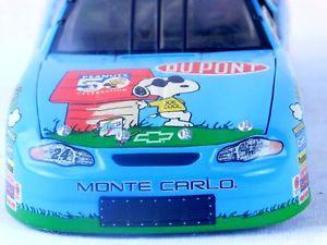 【送料無料】模型車 モデルカー スポーツカー シボレージェフゴードン#スケールピーナッツ2000 nascar chevroletjeff gordon 24 124 scale nib peanuts