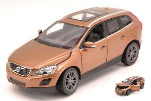【送料無料】模型車 モデルカー スポーツカー ボルボブロンズモデルvolvo xc60 2013 bronze 124 model rastar