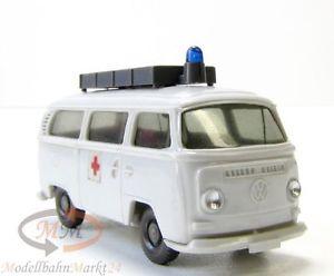 【送料無料】模型車 モデルカー スポーツカー バスフロントガラスwiking 32015 g vw bus t2 rrotkreuz ungeteilte frontscheibe dachaufbau 187