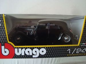【送料無料】模型車 モデルカー スポーツカー シトロエントションcitren traction 15 cv 1938 ta noire  124 18 cm de long bburago neuve