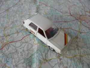 【送料無料】模型車 モデルカー スポーツカー volkswagen golf 2 tuning ancienne schabak