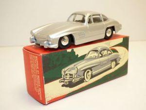 【送料無料】模型車 モデルカー スポーツカー mercedes 300sl gris quiralu
