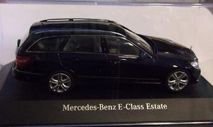 【送料無料】模型車 モデルカー スポーツカー ベンツクラスモデルschuco mb1 mercedes benz e klasse t modell s212