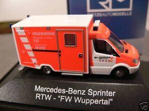 【送料無料】模型車 モデルカー スポーツカー スプリンターヴッパータール187 rietze mb sprinter rtw fw wuppertal 06 pc 61580