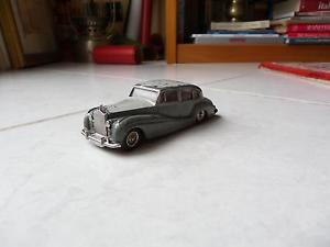 【送料無料】模型車 モデルカー スポーツカー ロールスロイスシルバーミニチュアrollsroyce silver wraith ref 551 dinky toys meccano 143 jouet miniature ancien