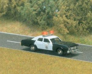 【送料無料】模型車 モデルカー スポーツカー ブッシュキャデラックbusch cadillac ambulance h0 5611
