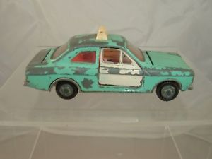【送料無料】模型車 モデルカー スポーツカー フォードビンテージエスコートdinky toys 168 ford escort restore vintage see photos