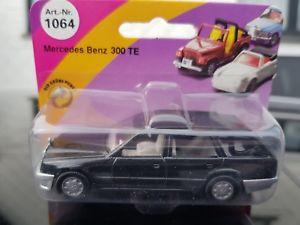 【送料無料】模型車 モデルカー スポーツカー メルセデステsiku 1064 mercedes 300 te w124 schwarz  neu ovp