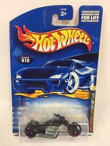 【送料無料】模型車 モデルカー スポーツカー hot wheels 2001 070 skull amp; crossbones series blast lane manuf error aa23