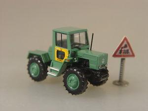 【送料無料】模型車 モデルカー スポーツカー シェンカートターモデルmb trac 800 von schenker  traktor  brekina modell 187  13704 e