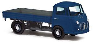 【送料無料】模型車 モデルカー スポーツカー busch 94200 187 h0 goliath express 1100 pritschenwagen blau neu