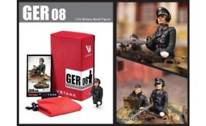 【送料無料】模型車 モデルカー スポーツカー a03102832 vstanks ger08 deutscher panzerkommandant fknigstiger 124