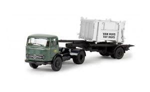 【送料無料】模型車 モデルカー スポーツカー 48020 brekina mb lps 338 mit enem container der b b 187